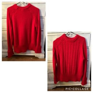 Red flate sleeve sweater